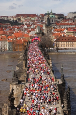33420e8dbf Prága Félmaraton ...
