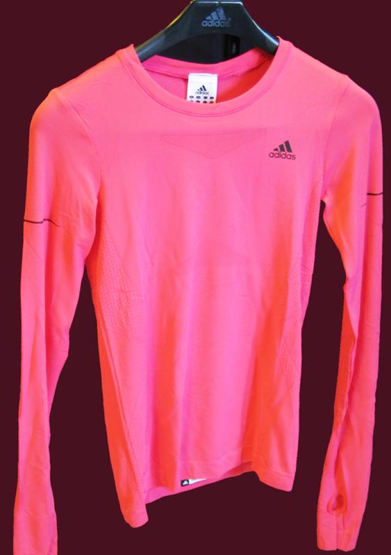 Új termékek a Spuri Futóboltban  női Adidas futófelsők és -nadrágok  érkeztek! - Futanet.hu bb489c86c5
